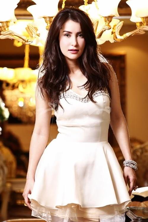 Người đẹp Anne Thongprasom.