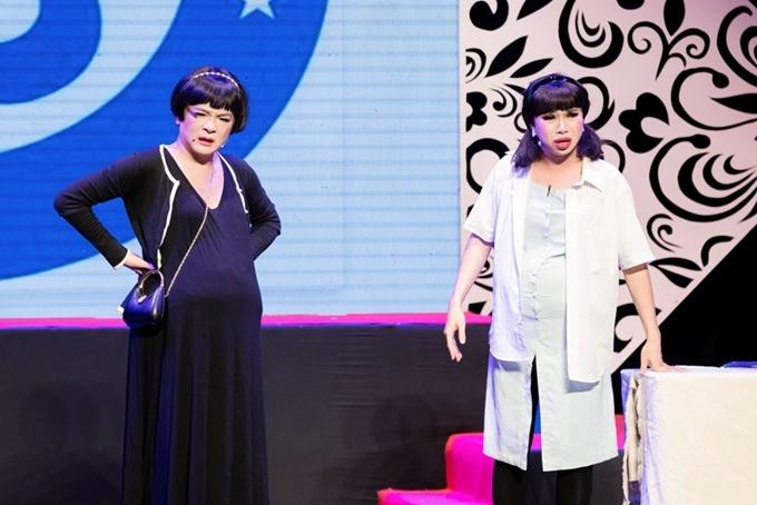 Ca sĩ Vũ Hà giải gái và vào vai một người chuyển giới mong muốn có con. Sự xuất hiện của nam ca sĩ cùng màn trình diễn duyên dáng mang đến nhiều tiếng cười cho khán giả.