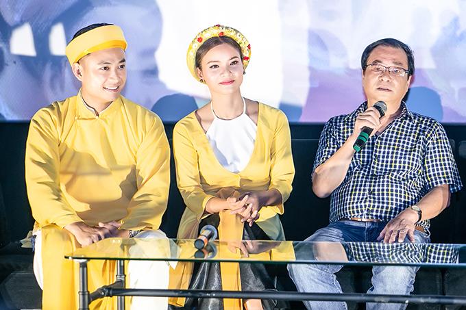 Diễn viên Tiến Lộc, ca sĩ Phạm Phương Thảo và NSND Khải Hưng tại buổi họp báo ra mắt MV Chàng vinh quy. NSND Khải Hưng là tổng đạo diễn còn Tiến Lộc là nam chính của MV.