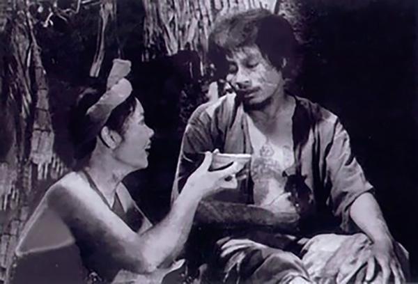 NSƯT Bùi Cường vào vai Chí Phèo trong phim Làng Vũ Đại ngày ấy.