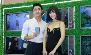 Chiêu phối phụ kiện bắt mắt của dàn fashionista Hà thành