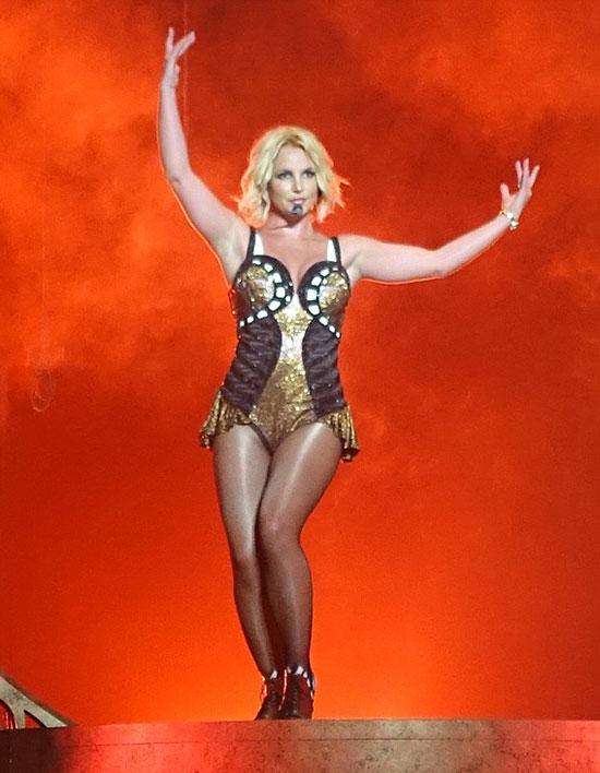 Nữ ca sĩ đã có chuyến lưu diễn thành công vòng quanh nước Mỹ trong những tháng qua.
