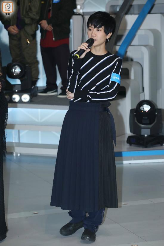 Ngày 4/8, Ellen vẫn xuất hiện tại một sự kiện của ViuTV, trông cô không hề có dấu hiệu muốn tìm tới cái chết.