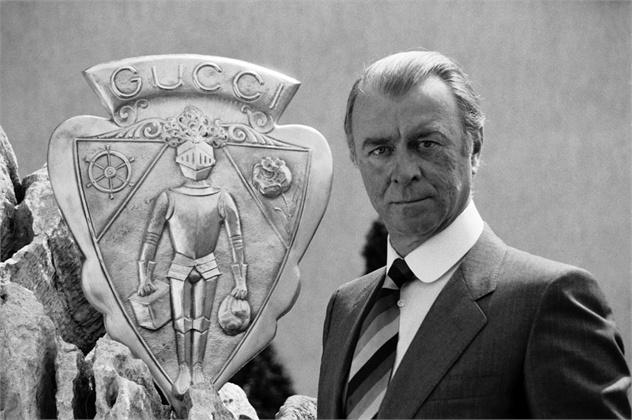 Guccio Gucci, con trai một thợ làm đồ da Italy, làcha đẻ thương hiệu thời trang ra đời năm 1921. Ảnh:Gucci.