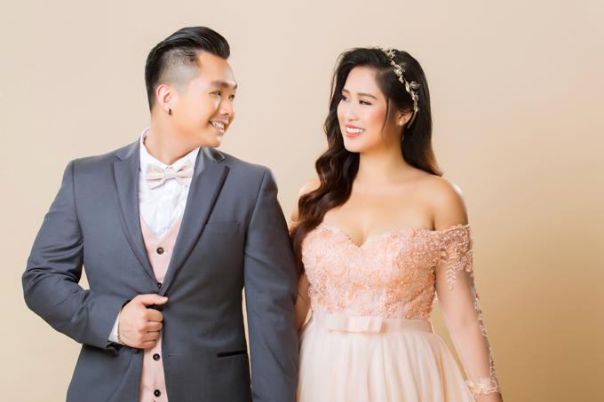 Bộ ảnh được thực hiện nhờ sự hỗ trợ của photo: Bảo Lê, làm tóc và trang điểm: Tuyết Nhi, trang phục: Áo dài Minh Châu (trừ Âu phục).