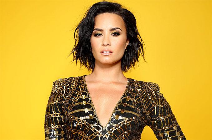 Demi Lovato đi cấp cứu từ ngày 24/7 vì dùng ma túy quá liều.