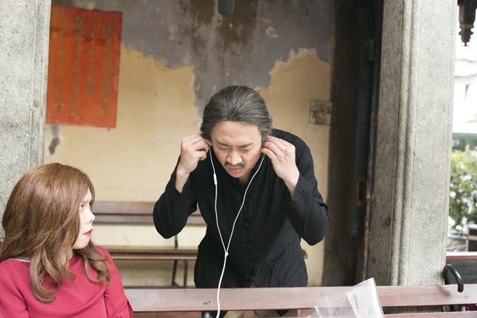 Trấn Thành và Việt Hương vốn là cặp bài trùng ăn ý không chỉ trên sân khấu hài mà còn trong nhiều show truyền hình. Do đó khi đóng vai đôi tình nhân, cả hai luôn biết cách tung hứng ăn ý.