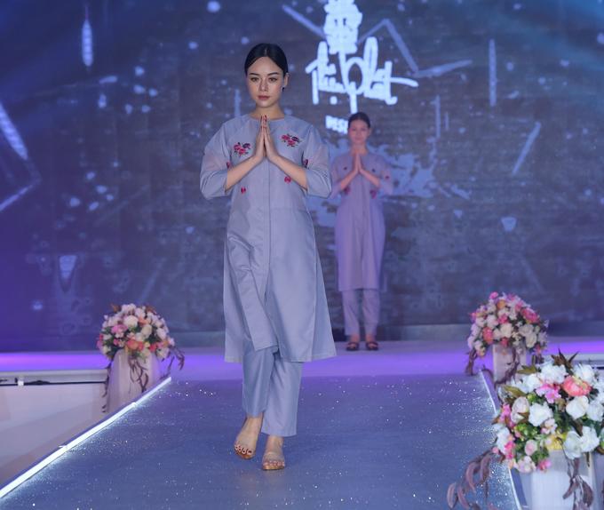 Theo nhế thiết ké Kim Ngọc và ê kíp trang phục Thiện Phát Desgin, những gam màu được thể hiện trong bộ sưu tập tượng trưng cho sự hạnh phúc.