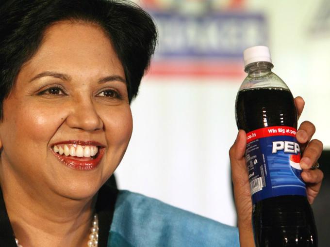 Nữ CEO đưa doanh thuPepsiCo tăng gần gấp đôi kể từ khi điều hành năm 2006. Ảnh:AP.