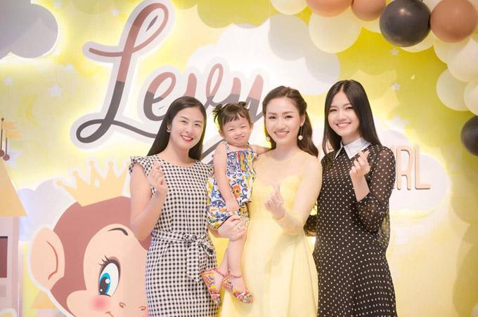 Vợ chồng Á hậu Ngô Trà My mở tiệc sinh nhật 2 tuổi cho con gái cưng - 3