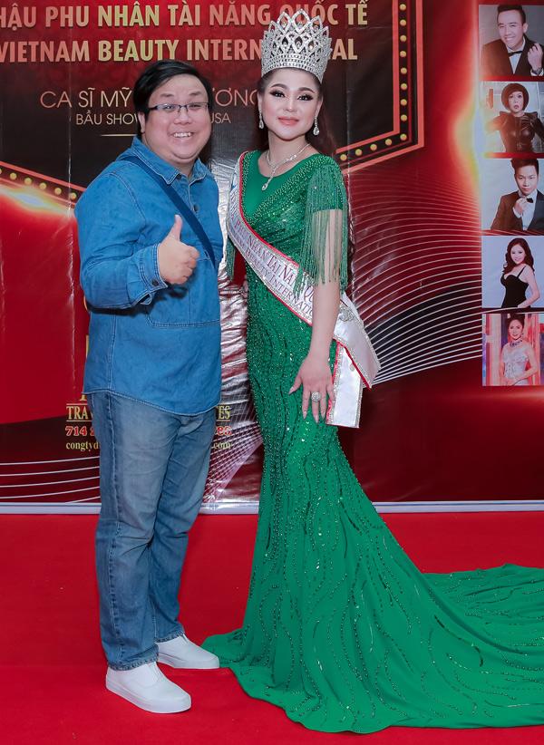 Diễn viên hài Gia Bảo mừng bà bầu trở thành Hoa hậu.