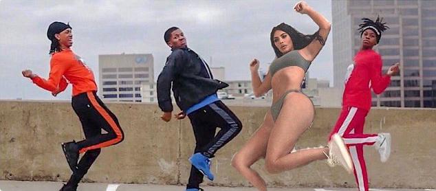 Bà xã Kanye West được chế đang nhảy các vũ điệu uốn éo khôi hài trong video Shoot của BlocBoy JB.