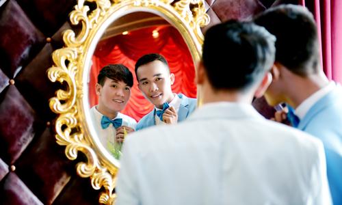 Ảnh cưới của cặp đồng tính nam yêu nhau từ lần gặp đầu tiên