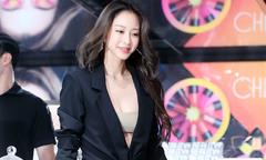 Han Ye Seul tái xuất đầy gợi cảm sau 4 tháng mổ u
