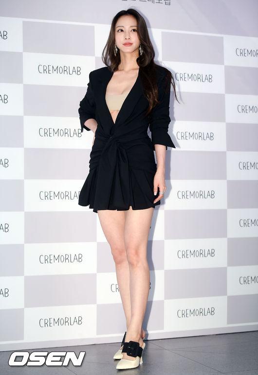 Han Ye Seul nổi tiếng với loạt phim Tuyết có rơi đêm Giáng sinh?, Birth Of A Beauty, Madame Antoine...