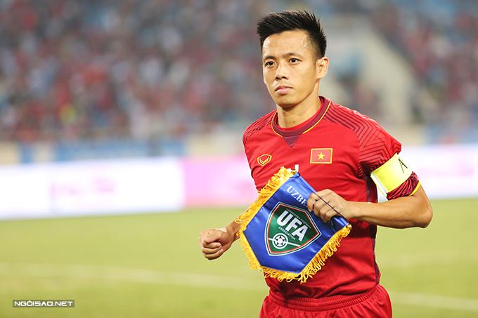 Văn Quyết là đội trưởng Olympic Việt Nam tại Asiad 2018. Ảnh: Đương Phạm.