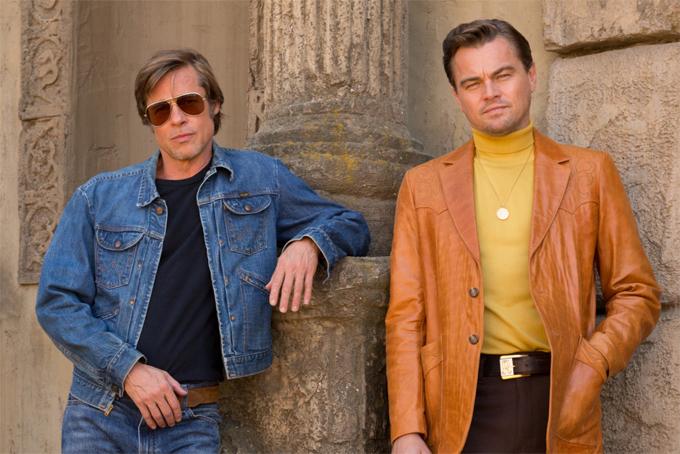 Brad Pitt và Leonardo DiCaprio trong bức ảnh quảng bá phim.