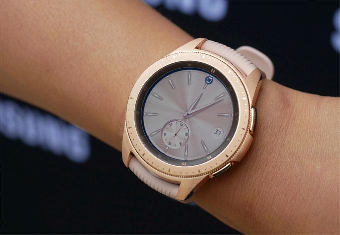 Galaxy Watch có hai kích thước, theo dõi sức khỏe tốt hơn - 2
