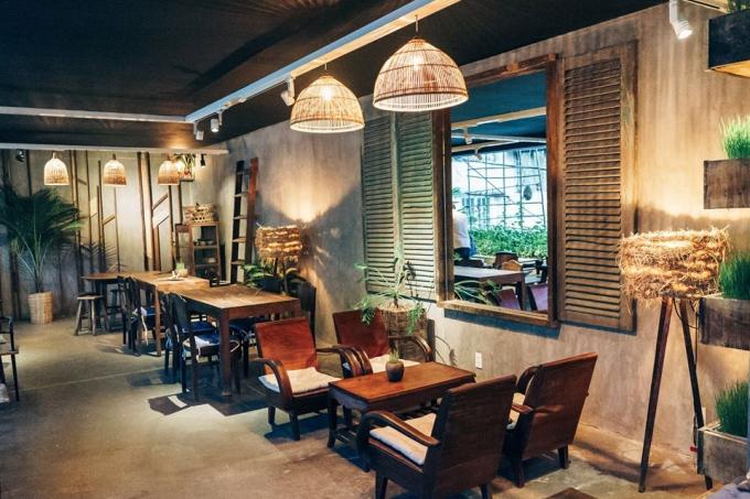 Bốn quán cà phê khu trung tâm Sài Gòn cho chiều chủ nhật mưa gió - 3