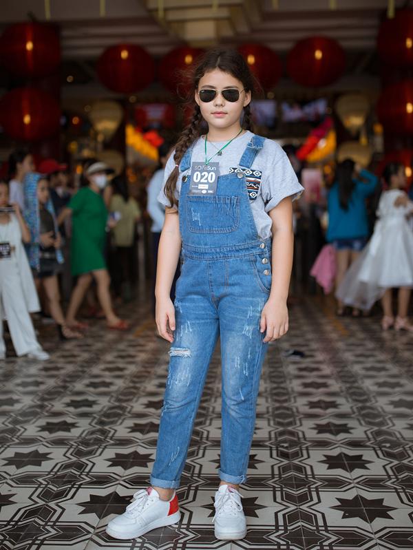 Cô bé Luciewne Chi Le Ralph (sinh năm 2009) mang hai dòng máu Việt - Anh cũng được đánh giá cao.