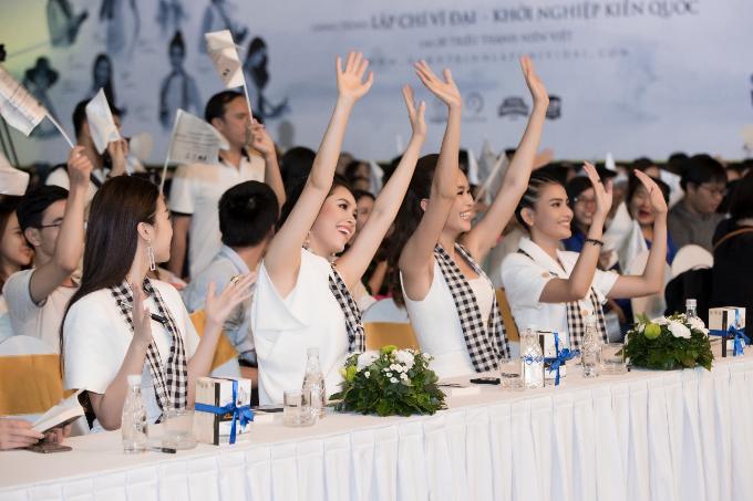 12 Hoa hậu, Á hậu được tôn vinh trong ngày hội Hành trình từ trái tim