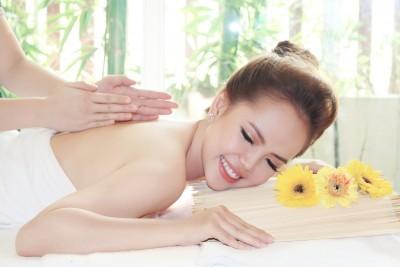 Bông Spa - Chăm sóc làn da các nàng trước ngày cưới.