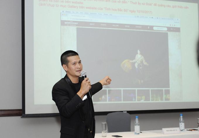 Đạo diễn Việt Tú đã nộp 5kg hồ sơ phản tố lên Tòa án Nhân dân Hà Nội trong vụ tranh chấp bản quyền tác giả kịch vở Ngày xưa với đơn vị đầu tư vở Tinh hoa Bắc Bộ.