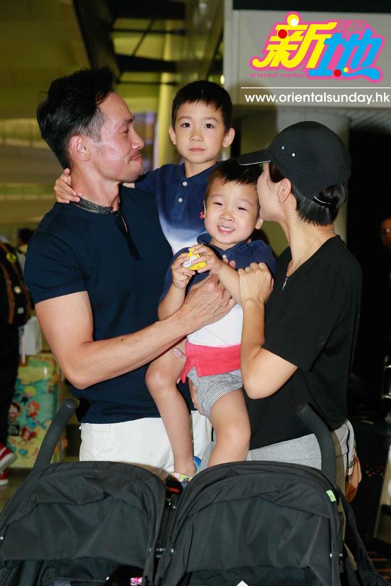 Trần Hào, Trần Nhân Mỹ kết hôn 5 năm, cuộc sống hạnh phúc của cặp sao khiến khán giả rất ngưỡng mộ.