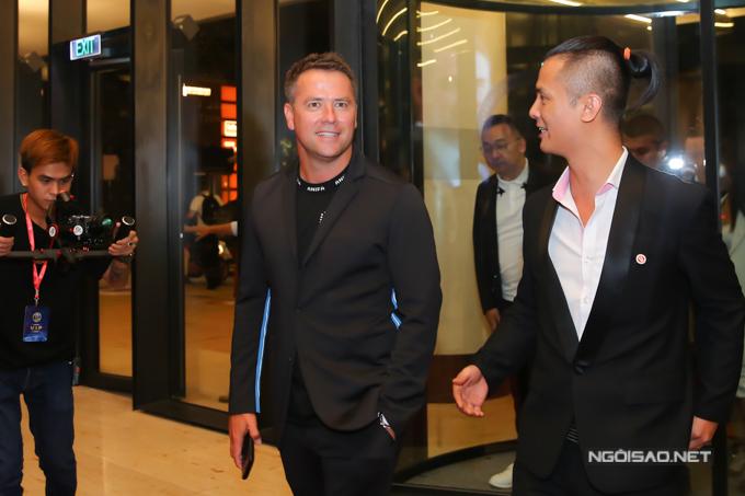 Dàn sao Việt dự tiệc cùng danh thủ Michael Owen tại TP HCM