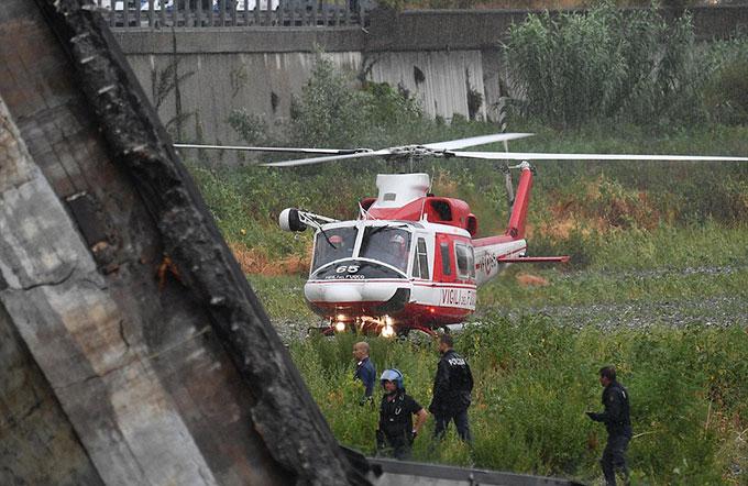 Sập cầu trên cao ở Italy, hàng chục người có thể đã chết - 7