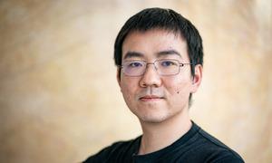 Chàng trai 32 tuổi mở công ty sản xuất chip đào tiền ảo lớn nhất thế giới