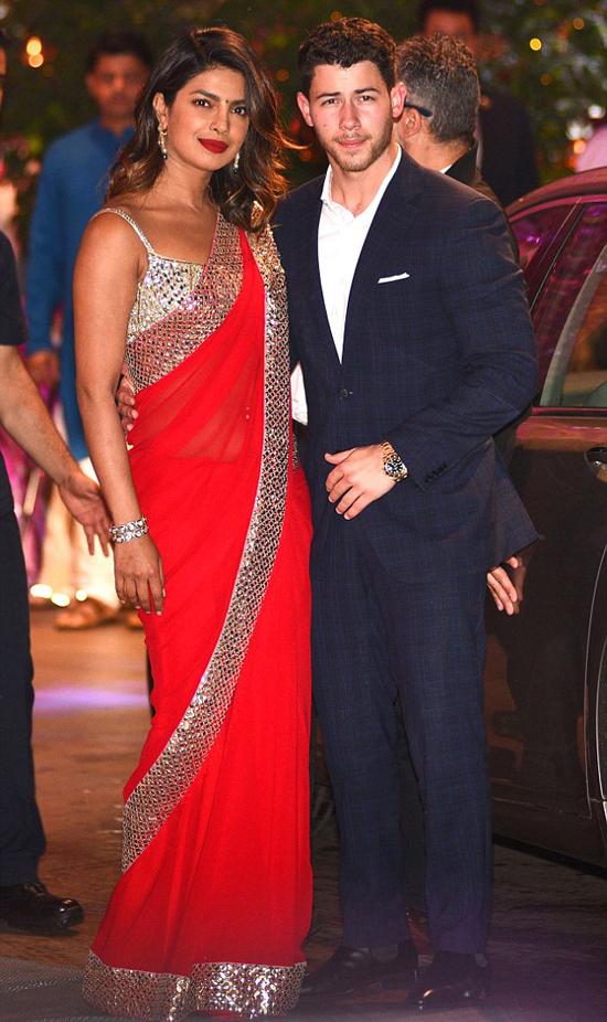 Nick Jonas và Hoa hậu Thế giới sắp tổ chức tiệc đính hôn ở Ấn Độ