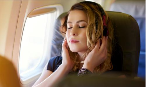 6 điều khiến chuyến bay sẽ không còn 'dài như cả thế kỷ'