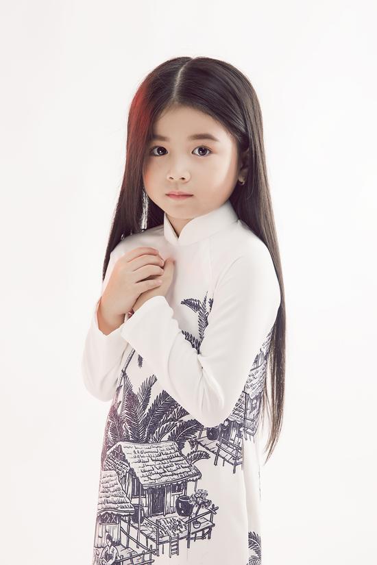 HHen Niê diện áo dài cùng mẫu nhí - 9
