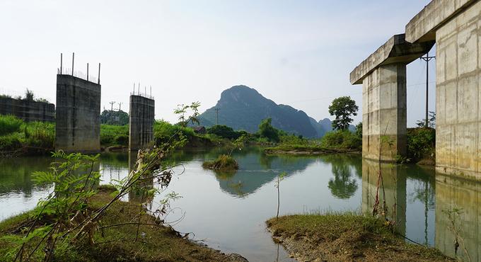 Dự án cầu 55 tỷ đồng ở Thanh Hoá bỏ hoang nhiều năm