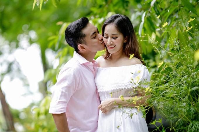 Vợ chồng Khánh Thi - Phan Hiển.