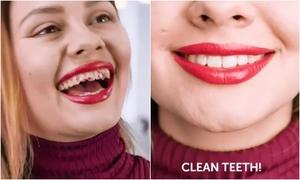 Chỉ một thao tác nhỏ sau khi thoa son giúp tránh son dính vào răng