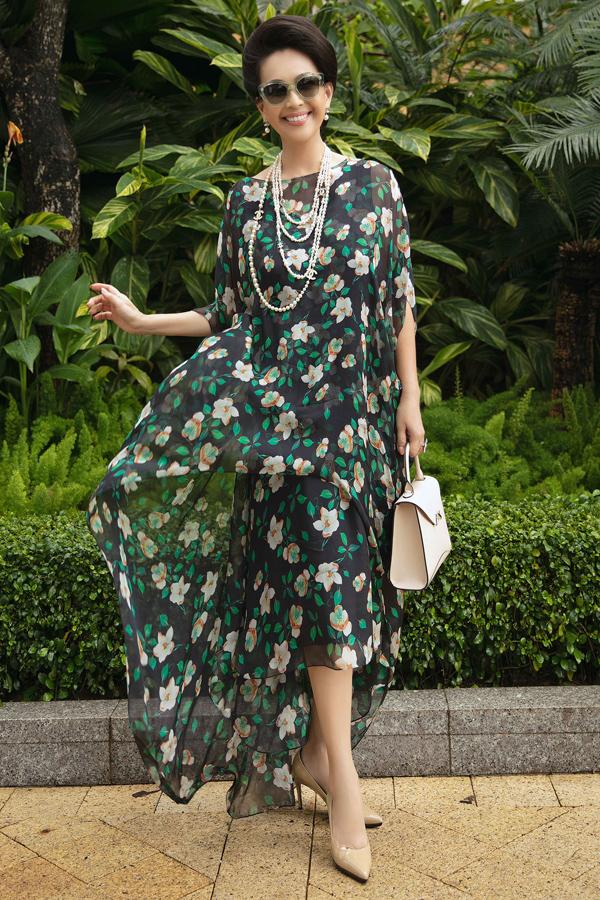 Dàn mỹ nhân Việt khoe sắc trong váy hoa rực rỡ