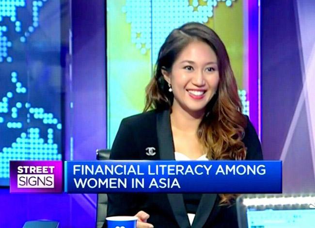 Anna xuất hiện trong chương trình Street SIGNS của kênh truyền hình CNBC. Ảnh: CNBC.