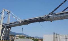 Cầu cao tốc Italy hư hỏng nặng trước khi bị sập