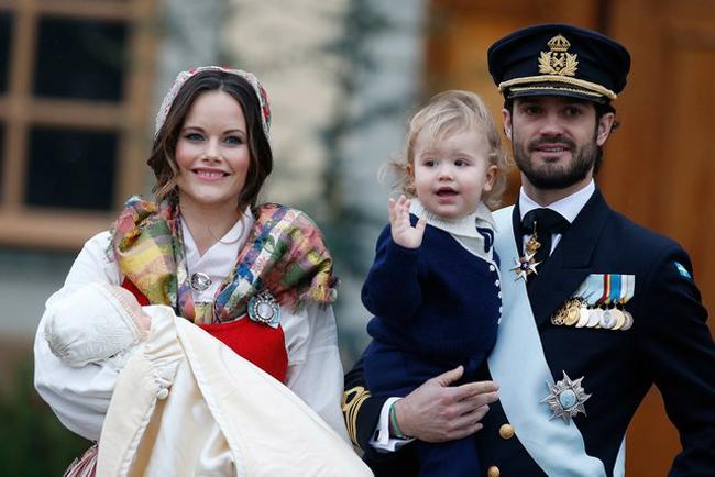 Công nương Thụy Điển: từ người mẫu bikini đến vợ hoàng tử - 2