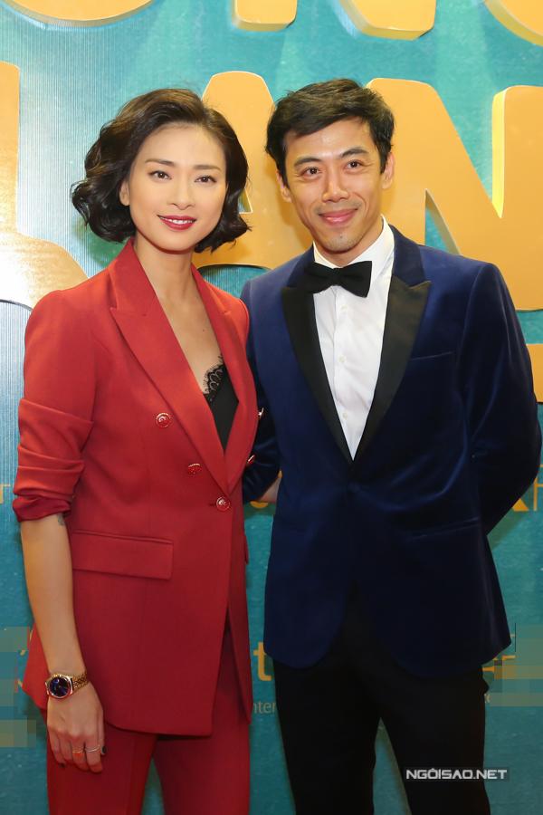 Nhà sản xuất Ngô Thanh Vân và đạo diễn Leon Lê từng nhiều lần tranh cãi vì bất đồng ý kiến trên phim trường. Tuy nhiên khi Song Lang hoàn tất, cả hai đều hài lòng vì có một sản phẩm chỉn chu, tinh tế.