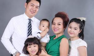 Thái Thùy Linh nhờ fan tư vấn giải quyết chuyện mẹ ruột giận chồng