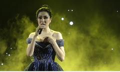 Hoa hậu Nguyễn Thị Huyền hát 'Million years ago'