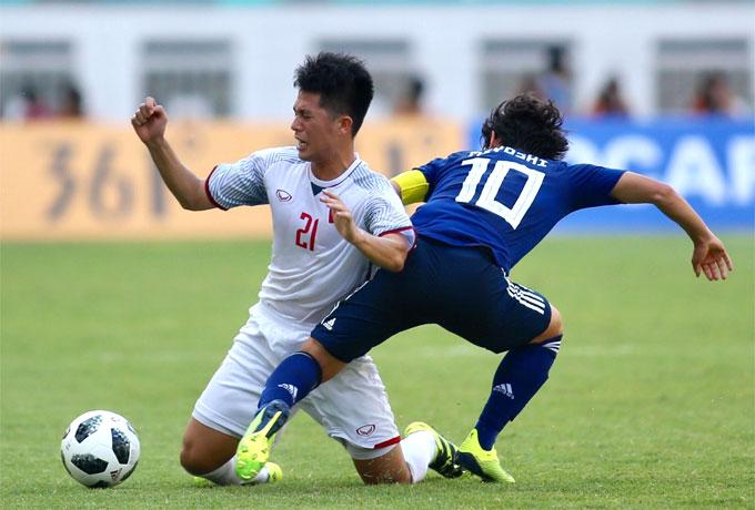 Hàng thủ Việt Nam chơi tốt, bọc lót cho nhau rất tốt.