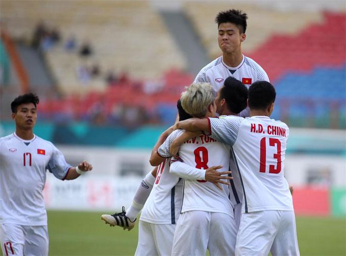 Việt Nam có bàn thắng từ sớm của Quang Hải sau sai lầm của đối thủ. Kết quả cuối cùng, thầy trò HLV Park Hang-seo giành chiến thắng 1-0.