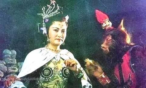 Diễn viên Dương Xuân Hà trong vai Bạch Cốt Tinh 30 năm trước...