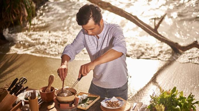 Rời nhà hàng 5 sao, Đầu bếp đỉnh tìm về thiên nhiên để sáng tạo món ăn mới từ đặc sản Phú Quốc