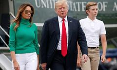 Cậu út nhà Tổng thống Trump 12 tuổi đã cao hơn 1,8 m