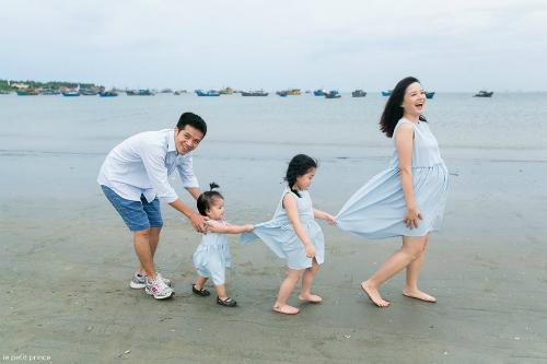 Một trong những khoảnh khắc đáng yêu của gia đình MC Minh Trang.